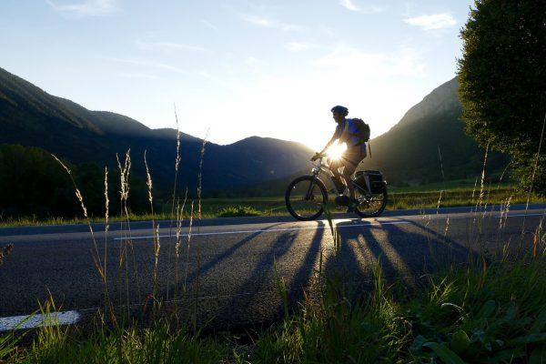 Voordelen en nadelen van een middenmotor bij een elektrische fiets.