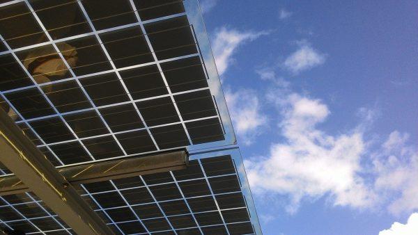 Duurzaam innoveren: zakelijke zonnepanelen